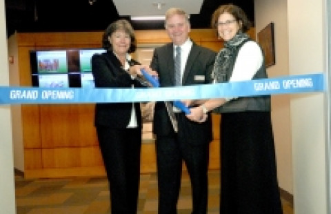 UNH Instrumentation Center Open House Ribbon Cutting